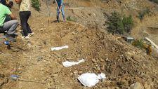 Artvin'de sular altında kalacak ilçede, hüzünlü mezar nakil işlemi