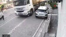 Esenyurt'ta çalıntı olduğu iddia edilen kamyon dehşet saçtı