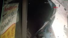 Bahçelievler'de 17 yaşındaki sürücü markete daldı