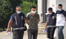 Adana'da kendini ihbar ettiğini öne sürdüğü şahsı bıçakladı