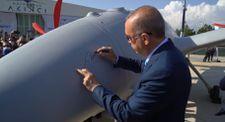 Cumhurbaşkanı Erdoğan, Bayraktar Akıncı TİHA'yı imzaladı