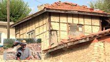 Bursa'da evlerini taştan yapıp ömürlerine ömür katıyorlar