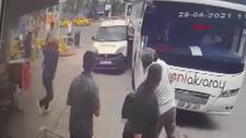 Kocaeli'de otobüs ile araç arasında sıkışan polis
