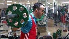 Görme engelli sporcu, 12 yıl sonra yeniden başladığı halterde Türkiye Şampiyonu oldu