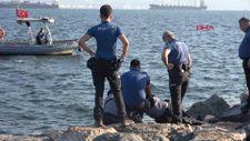 İzmir'de balıkçılar tarafından erkek cesedi bulundu