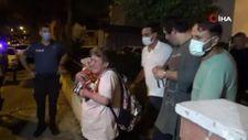 İzmir'de akli dengesi yerinde olmayan anne, polise kapı açmadı