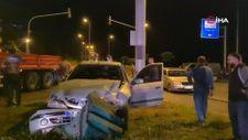 Zonguldak'ta kırmızı ışıkta geçen araç kaza geçirdi: 3 yaralı