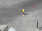 Bağcılar'da tartıştığı taksicinin arkasından ateş etti