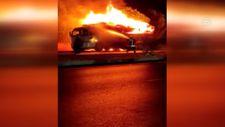 Denizli'de tomruk yüklü kamyon alev alev yandı