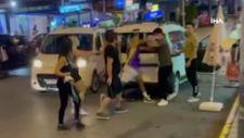 Esenyurt'ta TikTok fenomenlerinin laf atma kavgası kamerada