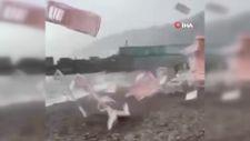 Rusya'da plajı hortum vurdu