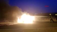 Batman'da, seyir halindeki araç alev alev yandı