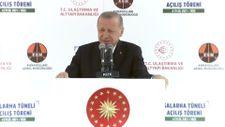 Erdoğan: Böyle bir soruyu bu ülkede yaşamamış olan birisi sorabilir
