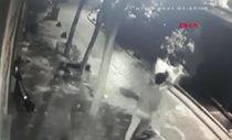 Beyoğlu'nda Ukraynalı turisti darbettikten sonra gasbettiler