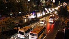 Manisa'da iki otomobile çarpan otomobilin sürücüsü yaya olarak olay kaçtı