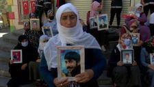 Diyarbakır'da evlat nöbetindeki anne: Gelin, teslim olun
