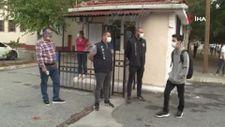 Esenyurt'ta polis ekipleri, okulun ilk günü denetim gerçekleştirdi