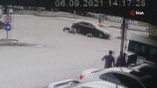 Ordu'da baba ve oğlunun yaralandığı kaza kamerada