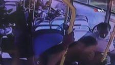 Sakarya'da öğrencinin midibüste düşürdüğü cüzdanı çaldı