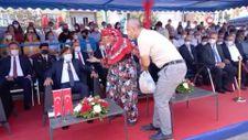Aydın'da protokoldeki koltuğa oturan 92 yaşındaki kadın, zor anlar yaşattı