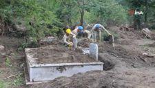 Kastamonu'da selden etkilenen mezarlıklar temizleniyor