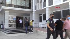 Mersin'de kendilerini kamu personeli olarak tanıtan dolandırıcılar yakalandı