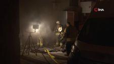 Sultangazi'de siteye ait otoparkın lastik deposunda yangın çıktı