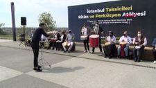 İstanbul'da taksiciler enstrüman çalarak rahatladı