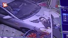 Gaziantep'te otomobil markete daldı: 1 yaralı