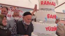 Kırşehir'de koronavirüsü yenen Ramazan Şahin, 2 doz aşısını yaptırarak örnek oldu