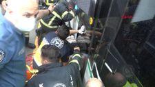Kocaeli'de ayağı tramvaya sıkışan kadın kurtarıldı