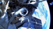 Rus kozmonotlar, Uluslararası Uzay İstasyonu'nda uzay yürüyüşüne çıktı