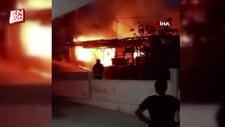 Antalya'da yangın gecekonduyu küle çevirdi