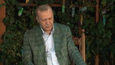 Cumhurbaşkanı Erdoğan şiir gecesinde gençlerle buluştu