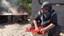 Tokat'ta kadınların ev salçası mesaisi