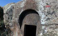 Kayseri'de defineciler Roma mezarlarını talan etti