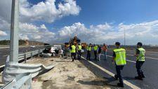 Kocaeli'de kaza yerine gelen karayolları görevlisine otomobil çarptı