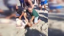 Kuşadası'nda boğulma tehlikesi geçiren Boşnak turisti kurtardı