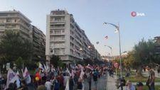 Yunanistan'da hükümet karşıtları polis ile çatıştı