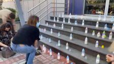 Kosova'da muhalefetten biberonlu koronavirüs protestosu