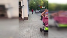 Letonya'da sokak ortasındaki askeri tatbikat