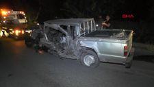 Konya'da hafif ticari araçla kamyonet çarpıştı