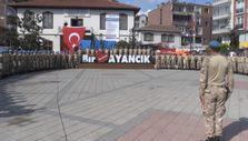 Sinop'ta görev yapan komandolar ilçeden alkışlarla uğurlandı