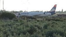 Yolcusu kalp krizi geçiren uçak Edremit'e acil iniş yaptı
