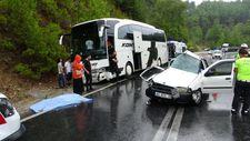Antalya'da meydana gelen kazada 2 kişi yaşamını yitirdi