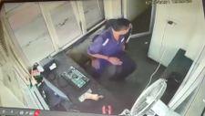 Hindistan'da gişe çalışanı kamyon kazasından kıl payı kurtuldu