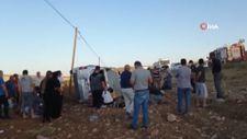 Mardin'de minibüs şarampole yuvarlandı:10 yaralı