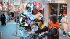 Bursa'da çöp adam sokaklara indi