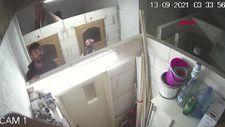 Bursa'da hırsızlar, kendilerini görüntüleyen kamerayı da çaldı