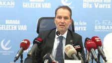 Fatih Erbakan, basın toplantısına doktorlarla çıktı